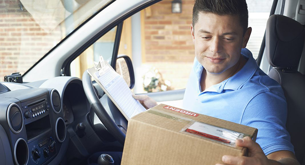 Business_people_courier driver