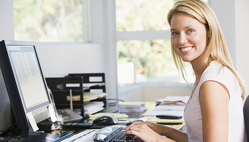 Business_people_shutterstock-Woman-In-Home-Office-With-Comp-4137508